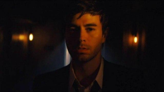 """Enrique Iglesias in """"Bailando"""""""