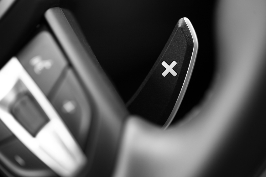 Semi-automatic and dual-clutch transmissions