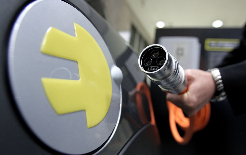 """EV Japan"" Electric Vehicle Expo 2011 Kicks-Off"