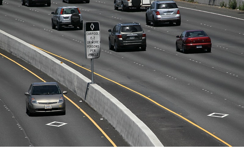 California Tightens Policy For Hybird Drivers Access To Carpool Lanes