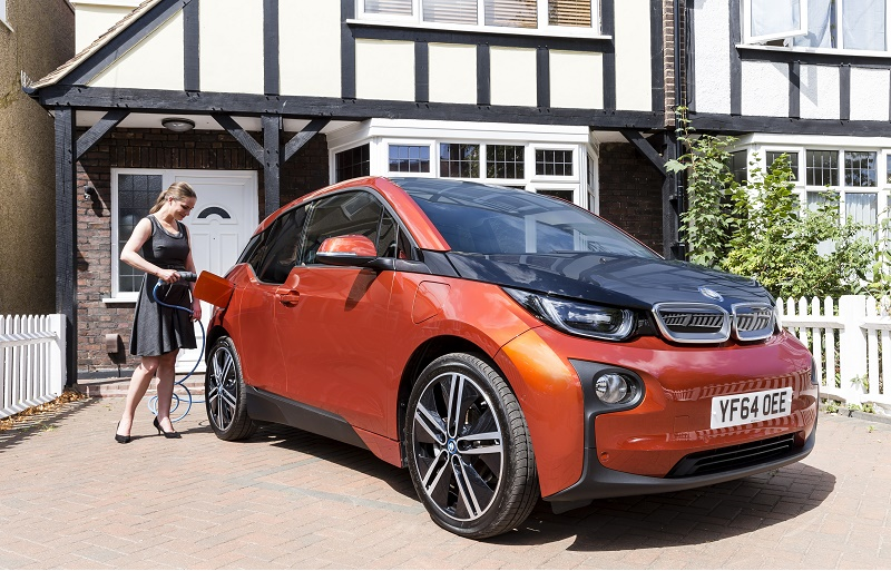 BMW i3 posted a 2016 high of 1,479 sales in July.