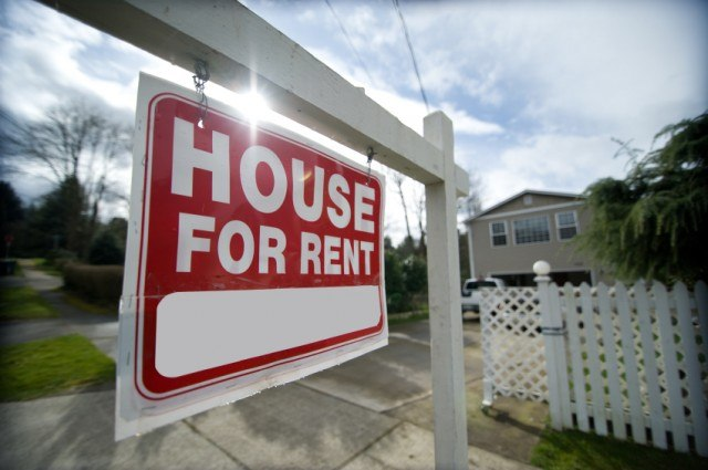 """""""house for rent"""" sign"""