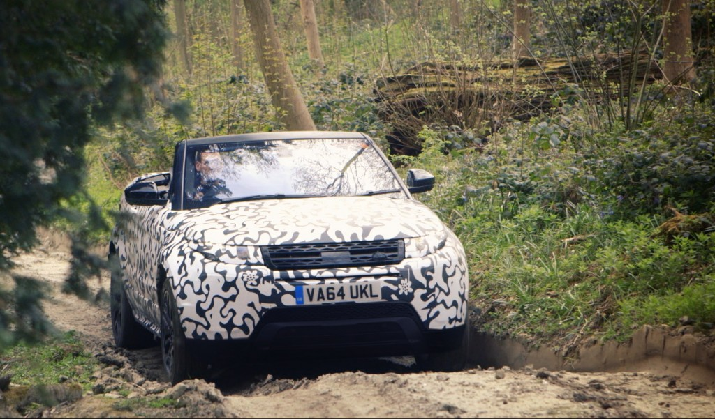 Range_Rover_Evoque_Convertible_testing_at_Eastnor__4_