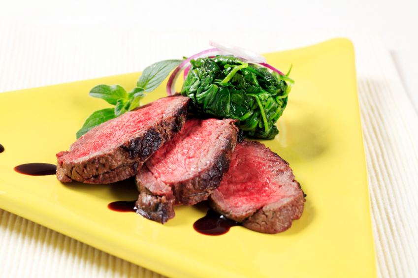 steak, filet mignon, spinach