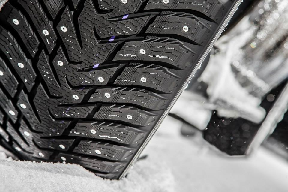 ice ice baby why winter tires are safer for cold weather driving. Black Bedroom Furniture Sets. Home Design Ideas