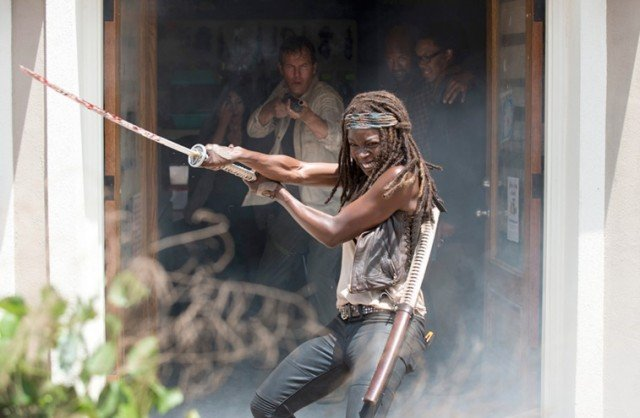 Michonne (Danai Gurira) fights with her katana in a scene from Season 6 of 'The Walking Dead'