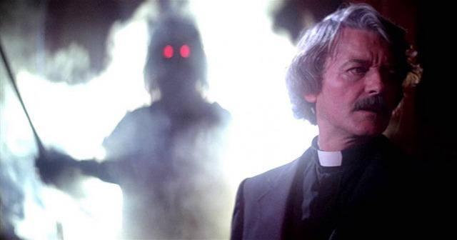 Hal Holbrook in 'The Fog'