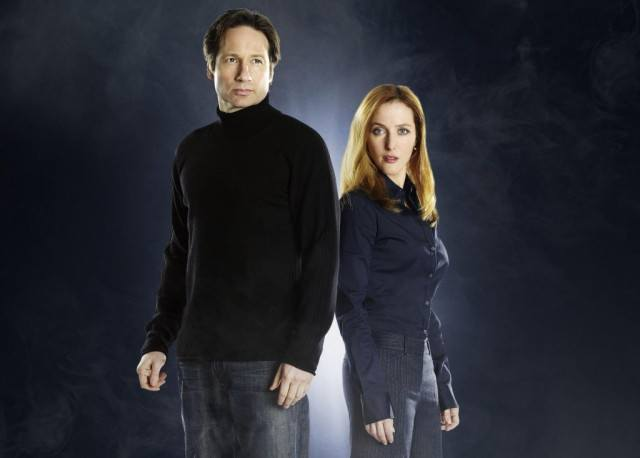 David Duchovny and Gillian Anderson in 'The X-Files'