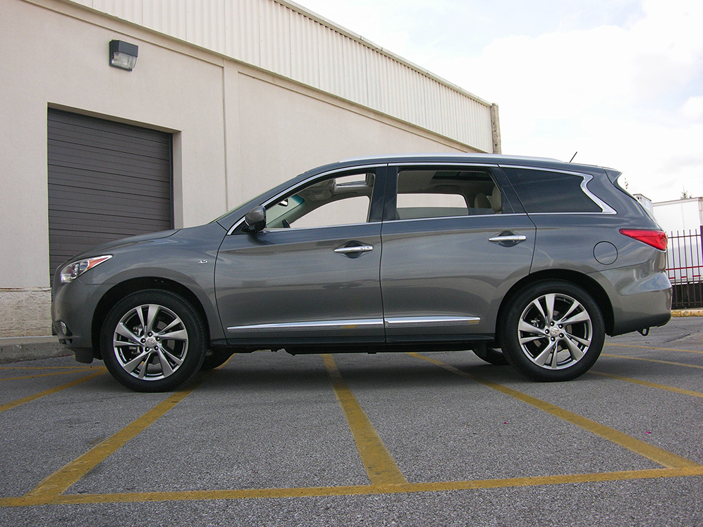 2015 infiniti qx60 review weighing its potential against its payoff page 2. Black Bedroom Furniture Sets. Home Design Ideas