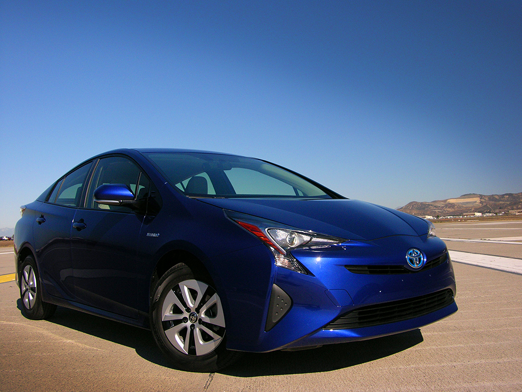 2016 toyota prius eco review the hybrid toyota needed all along. Black Bedroom Furniture Sets. Home Design Ideas