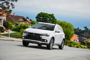 The Mitsubishi Outlander Sport Gets Its Game Face On for 2016
