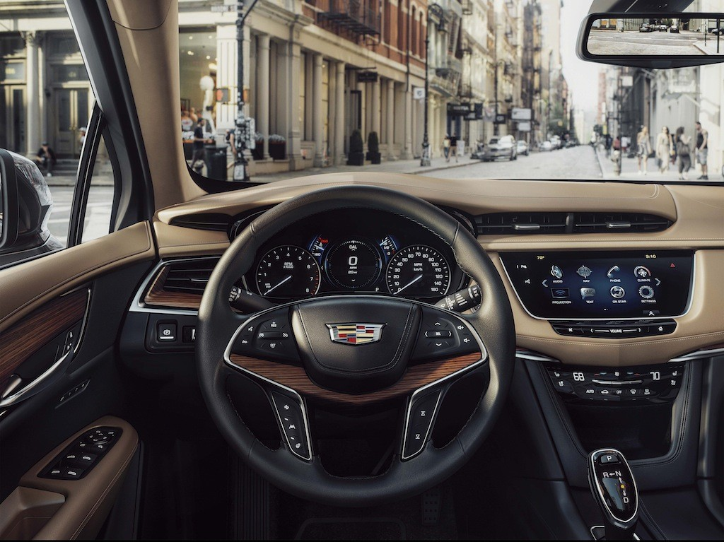 2017 Cadillac XT5 interior | Cadillac