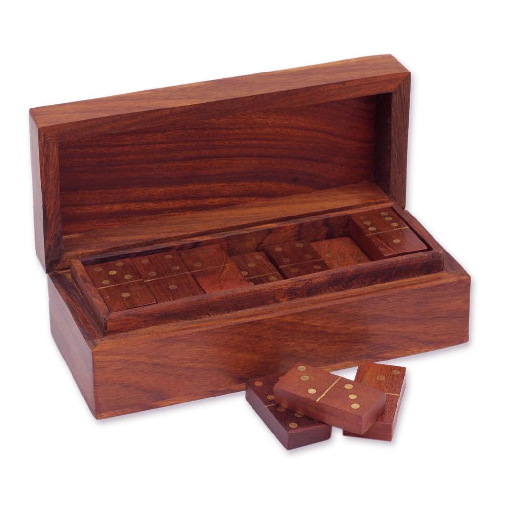 Domino Box Set, Gift
