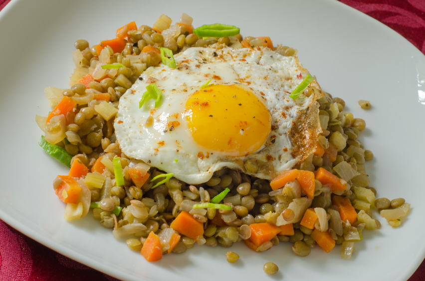 lentils with fried egg