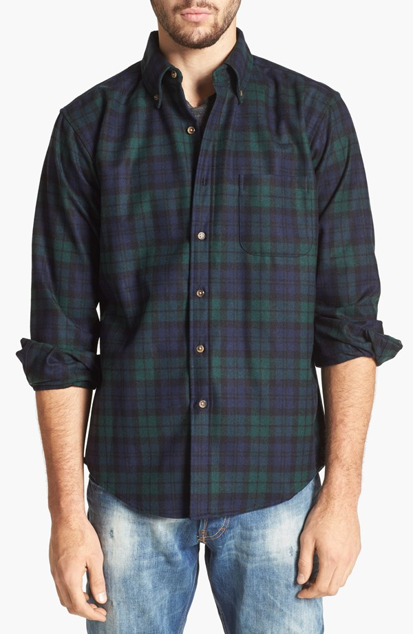 How to wear flannel without looking like a lumberjack for Black watch flannel shirt