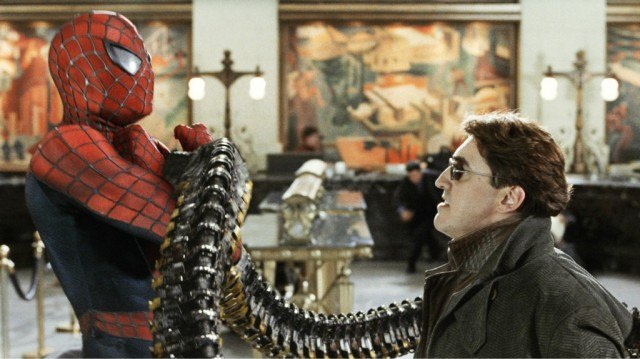 Tobey Maguire as Spider-Man and Alfred Molina as Doc Ock in Spider-Man 2