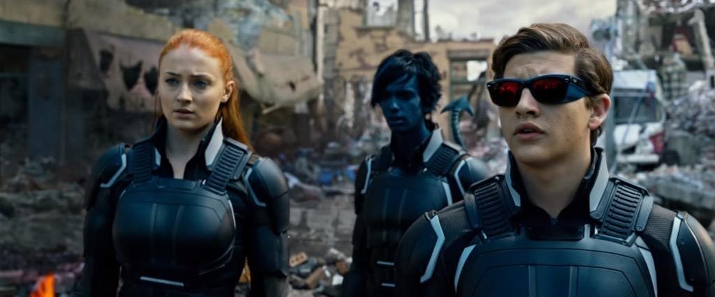 Jean Grey (Sophie Turner), Nightcrawler (Kodi Smit-McPhee), and Cyclops (Tye Sheridan).
