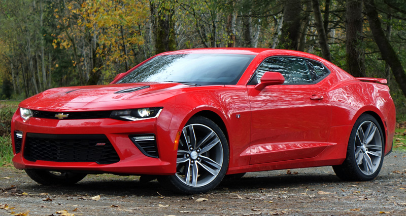 2016 Chevrolet Camaro SS Review: A Leaner, Meaner Muscle Car