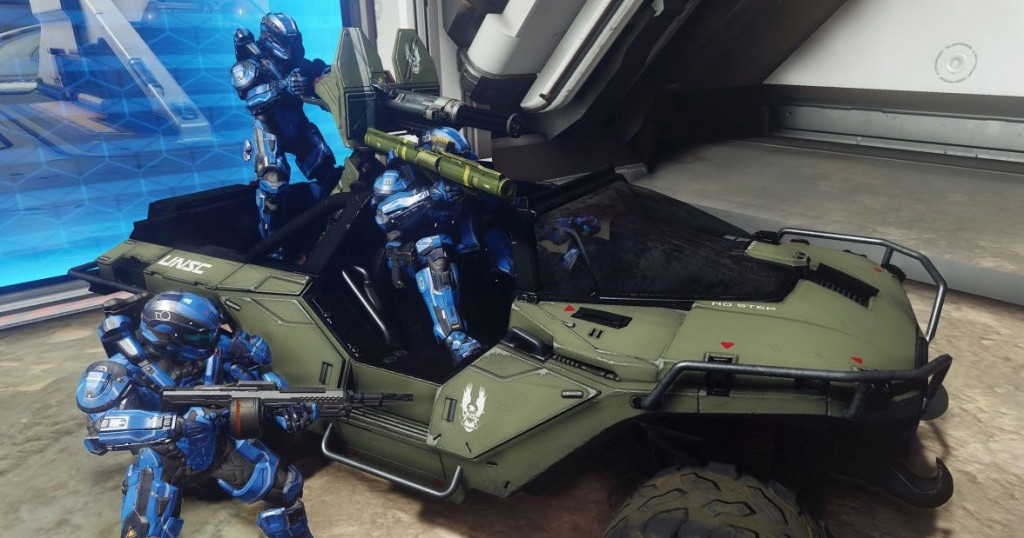 Spartan soldiers in a Warthog.
