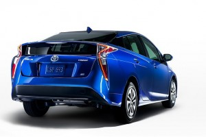 2016 Toyota Prius: 58 MPG and Starts Under $25,000