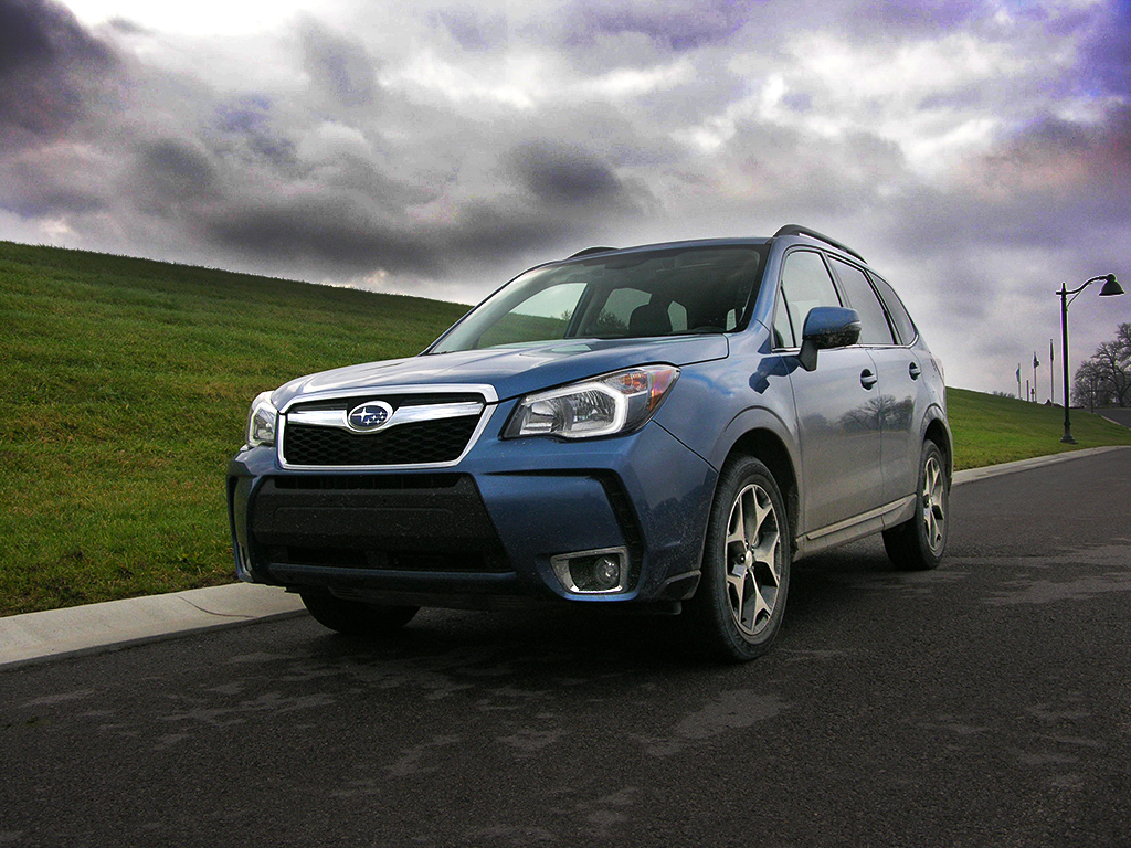 2016 subaru forester xt review a wrx for a family of five. Black Bedroom Furniture Sets. Home Design Ideas