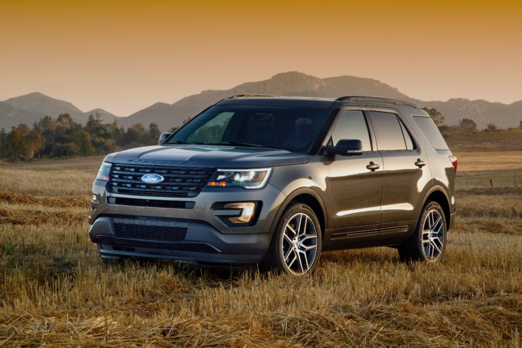 2016 Ford Explorer Sport: Performance and Luxury People Can Afford