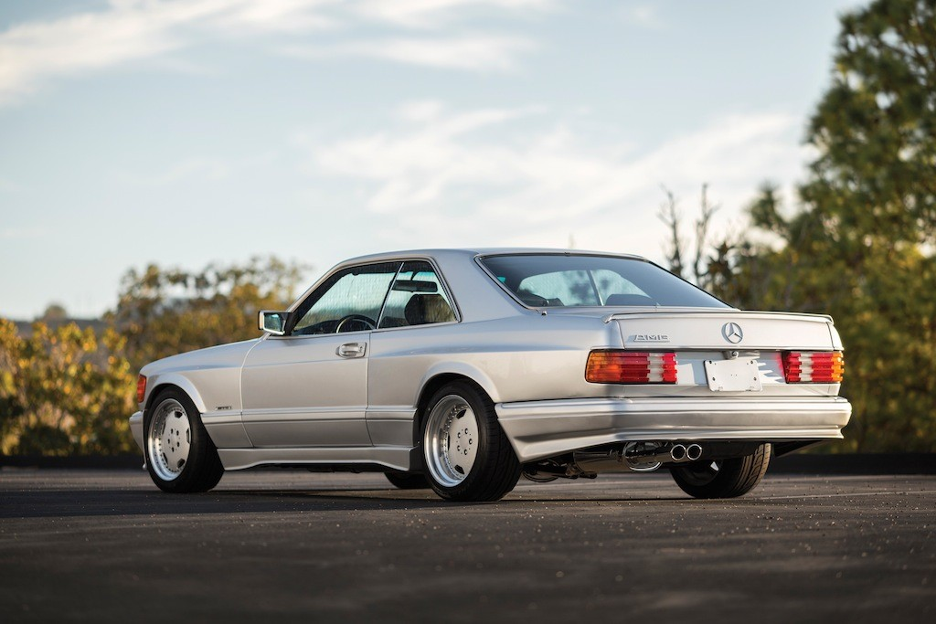 Mercedes 560 sec amg the next 39 80s blue chip collectible for Mercedes benz 80s