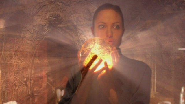 Angelina Jolie in 'Lara Croft Tomb Raider: The Cradle of Life'