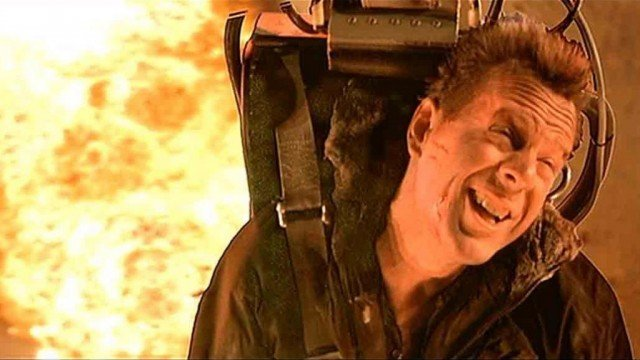 Bruce Willis in 'Die Hard 2: Die Harder'