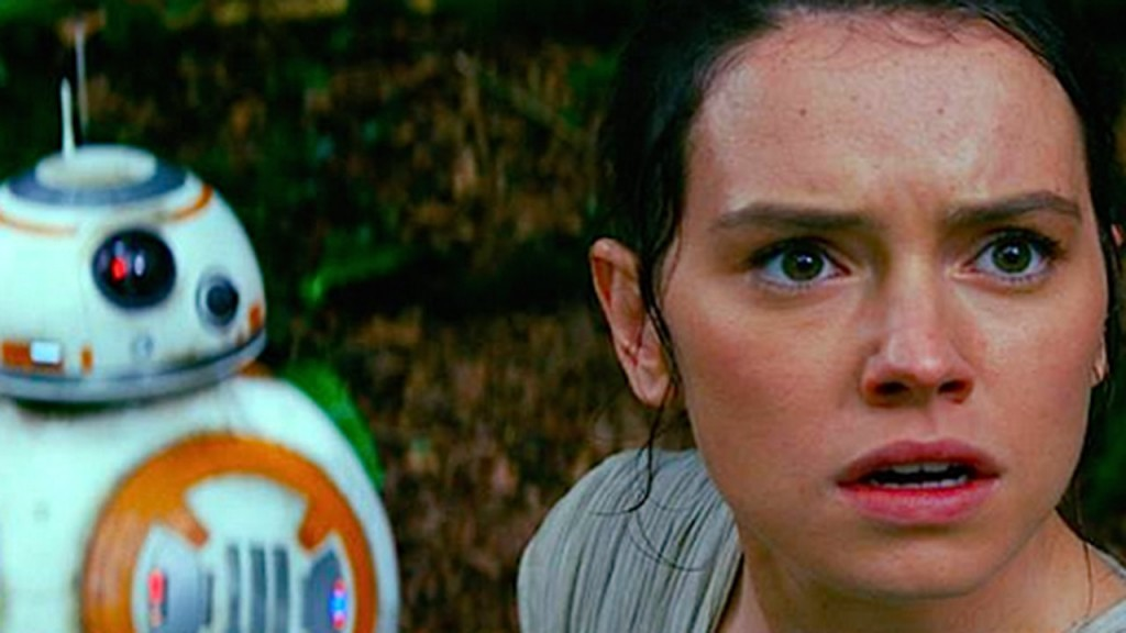Daisy Ridley in 'Star Wars: The Force Awakens'