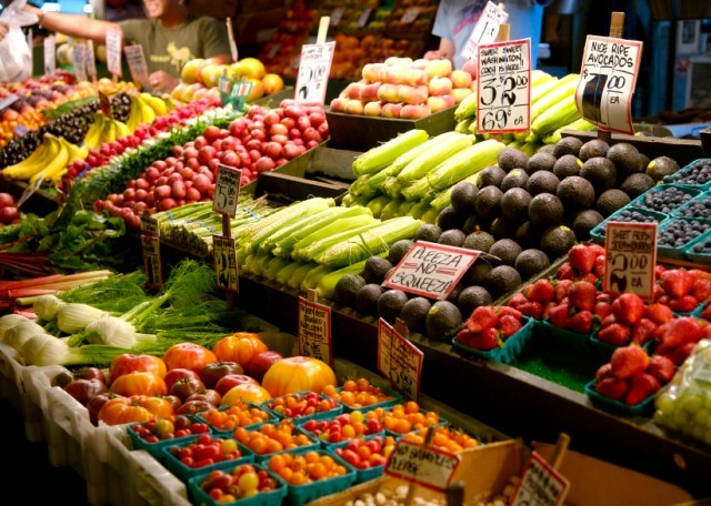 Fruits and veggies at a farmers market