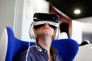 7 Surprising Side Effects of Virtual Reality