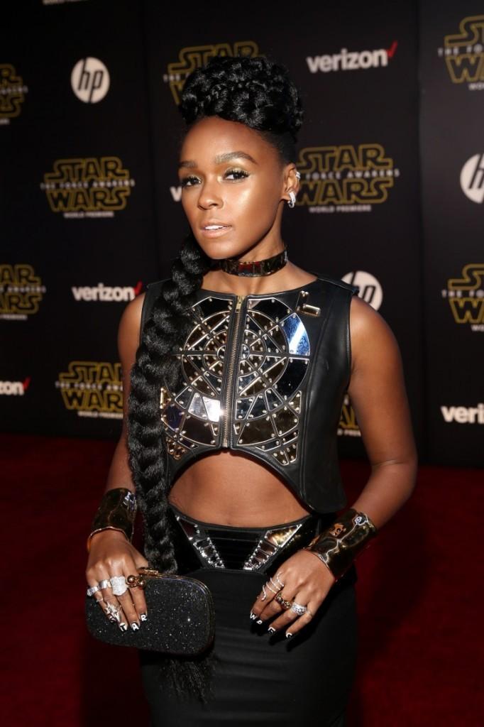 Celebs at 'Star Wars' premiere offer reviews