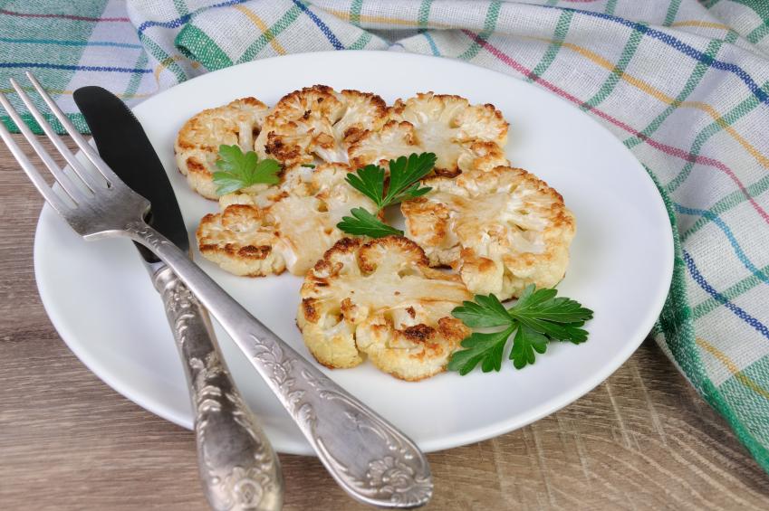roasted cauliflower slices