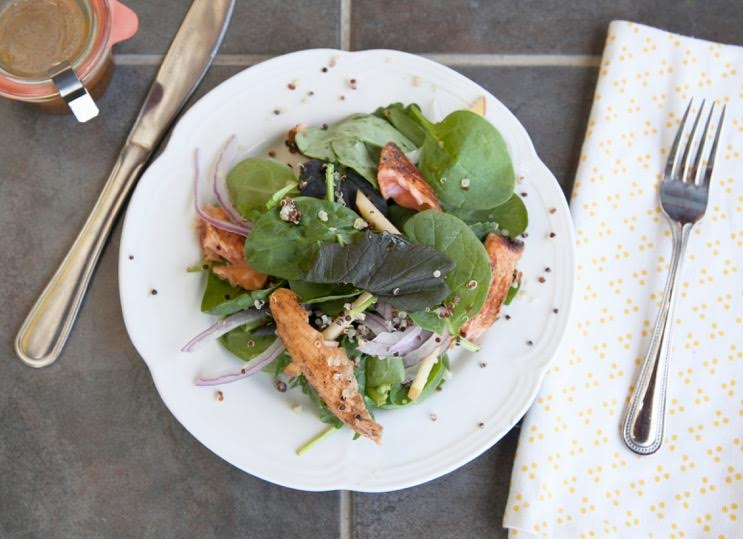 Spicy-Spinach-Salmon-Salad_400sq-embed