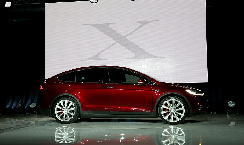 View of Tesla Model X in profile