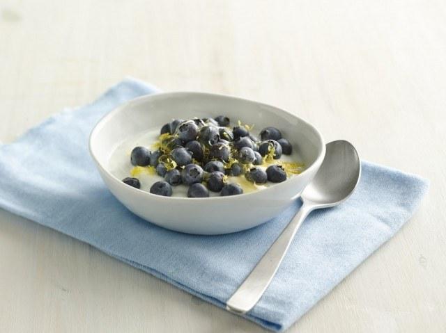 blueberry-lemon-coconut-yogurt-bowl