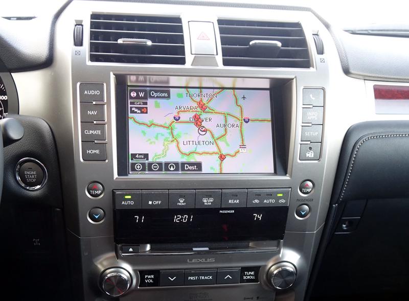 2015 Lexus GX infotainment system