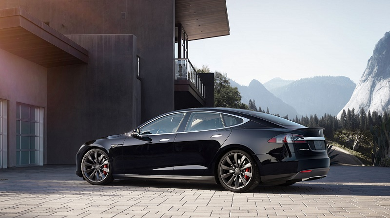 Profile of 2015 Tesla Model S in black