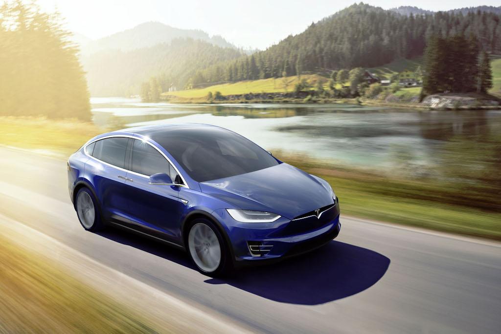 Tesla Model X | Tesla