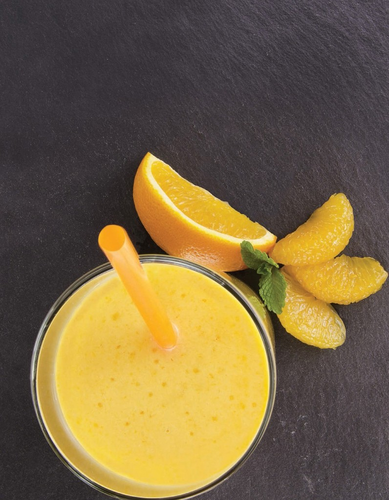 Jorge Cruise's Sunrise Smoothie with orange and banana