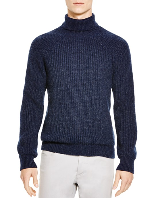 11 Warm Turtleneck Sweaters in Style This Winter - Page 2