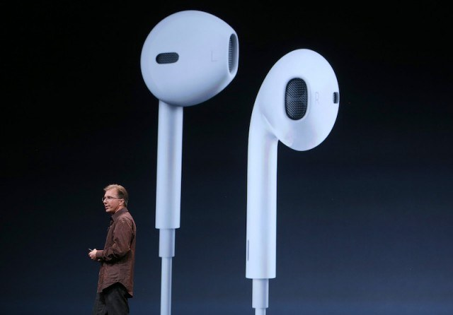 New earpods, Apple rumors
