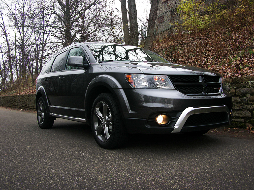 Dodge Journey Crossroad >> 2016 Dodge Journey Review: Finding the Nexus of SUV and ...