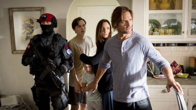 Sarah Wayne Callies and Josh Holloway star in the sci-fi drama 'Colony'