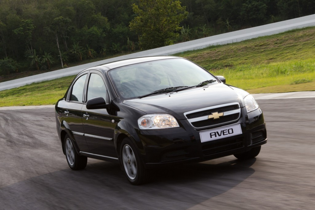 10 Of The Worst Cars Of The 2000s Page 8