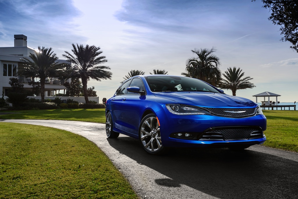 2016 Chrysler 200S