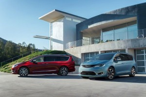 Chrysler Reinvents the Minivan With the 2017 Pacifica
