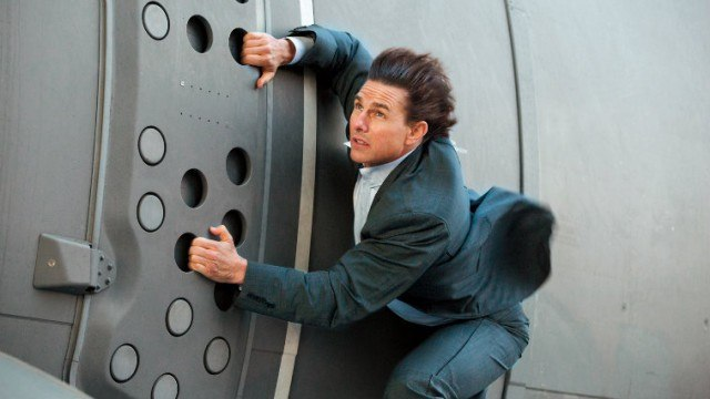 Tom-Cruise-in-Mission-Impossible-Rogue-Nation.jpg