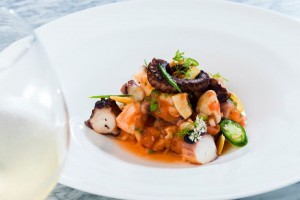 6 Hotels That Serve Healthy and Delicious Food